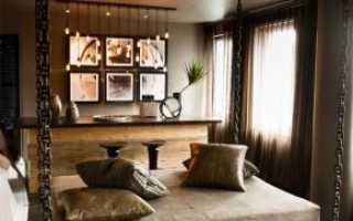 Подвесные кровати (18 фото): модели под потолком и на стене на цепях с тумбами, гамак в беседке