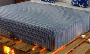 Кровать из поддонов (52 фото): как сделать кровать из паллетов своими руками