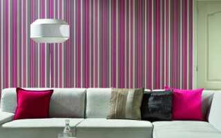 Розовые обои (38 фото): покрытие для стен нежно-розового цвета