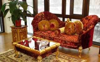 Турецкие ковры (29 фото): рельефные овальные акриловые модели из Турции кремового цвета с золотым рисунком