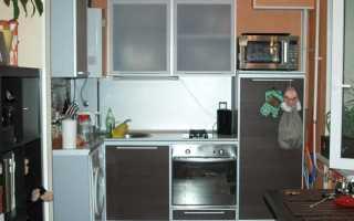 Дизайн кухни с газовой колонкой: 15 фото