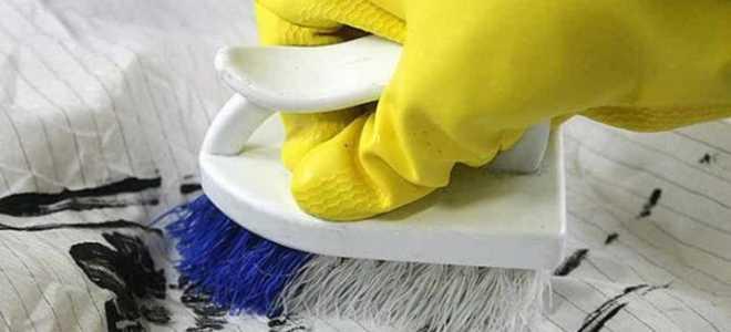 Чем отмыть акриловую краску: чем оттереть с дерева, как стереть без труда и при этом удалить пятна быстро, как снять с деликатных материалов