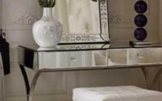 Маленькие туалетные столики: компактные модели для небольшой спальни