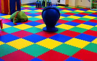 Мягкий пол для детских комнат: большой коврик-пазл для ползания, напольный развивающий ковер
