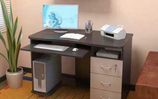 Компьютерный стол на колесиках (20 фото): плюсы передвижного компактного столика на колесах для ПК
