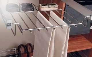 Выдвижные брючницы для шкафа: модели шириной 80 см в интерьере