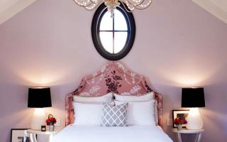 Фиолетовая спальня (96 фото): дизайн в бело-фиолетовых и бело-сиреневых тонах