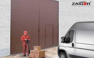 Гаражные распашные ворота (48 фото): металлические конструкции для гаража с калиткой из сэндвич панелей,