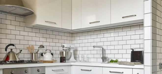 Дизайн маленькой кухни 6 кв. м с холодильником (111 фото): в хрущевке