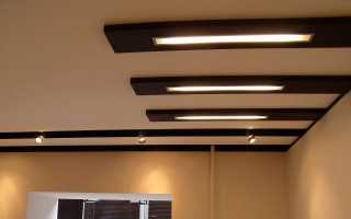 Люминесцентные светильники (80 фото): подключение встраиваемых потолочных моделей с решеткой