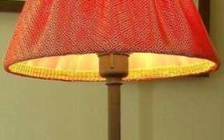 Абажуры для торшера: классические примеры деревянных напольных моделей в стиле ретро