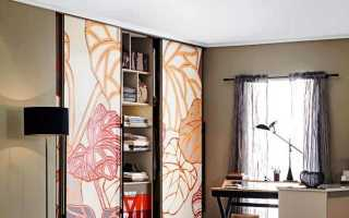 Двухстворчатые платяные шкафы: размеры двухдверных моделей с зеркалом из массива дерева