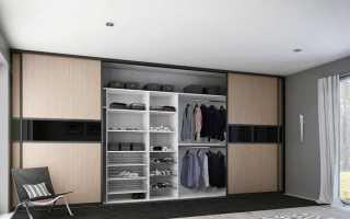 Шкафы в гостиную во всю стену (52 фото): большой зеркальный шкаф в зал