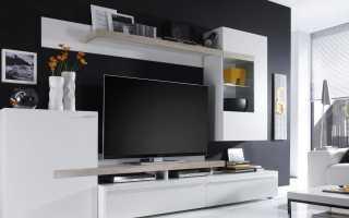 Белые стенки в гостиную (32 фото): варианты белого цвета под телевизор со шкафом
