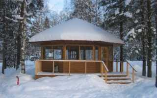 Зимняя беседка (49 фото): зимний и зимне-летний варианты, утепленные модели из газоблоков с печкой и тёплой комнатой