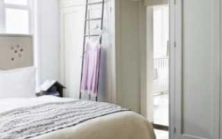 Шкафы вокруг дверных проемов (29 фото): шкаф в стене возле двери