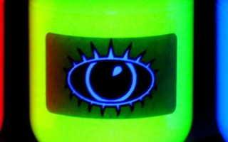 Флуоресцентная краска (44 фото): что это такое, светится в темноте или нет и другие свойства материала, аэрозольное изделие в баллончиках