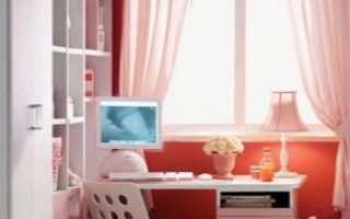 Стол у окна в детской комнате (45 фото): письменный стол со столешницей возле окна