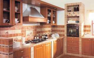Бежевая плитка для кухни (43 фото): сочетание цветов – зеленый и серый, коричневый и оранжевый