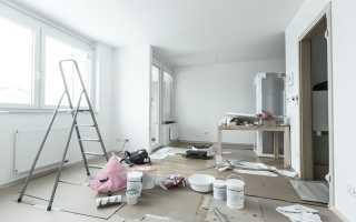 Что клеить в первую очередь: потолочный плинтус или обои, когда настилать линолеум на пол, после чего натягивают потолки