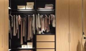 Угловой шкаф в гардеробной (57 фото): гардероб с раздвижной радиусной дверью в спальню, детскую или прихожую