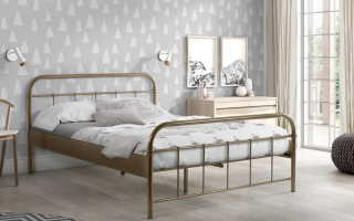 Металлические кровати (78 фото): железные модели в интерьере спальни, варианты с металлическим каркасом